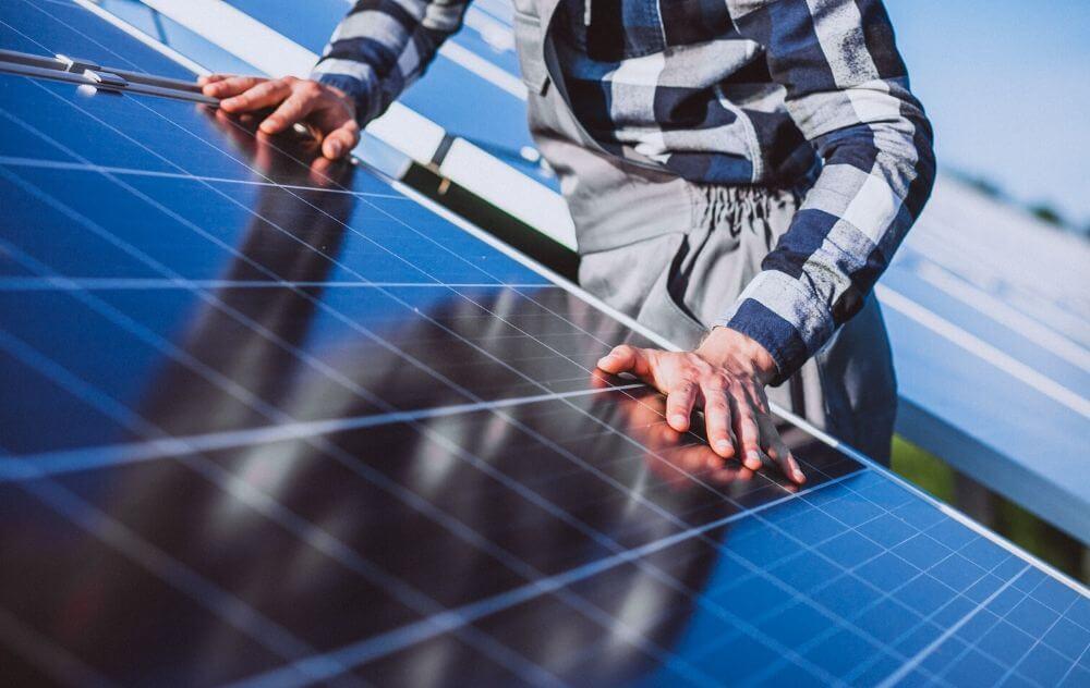 fotowoltaika dla domu, montaż paneli słonecznych